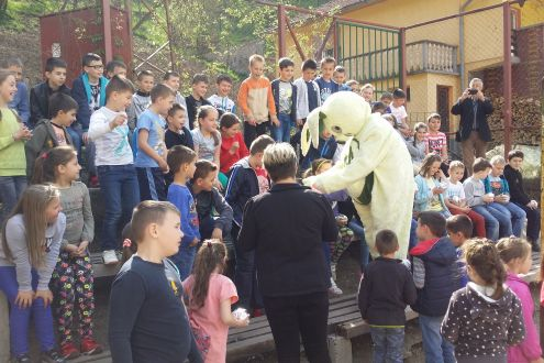 Zenica's toddlers celebrated the arrival of spring with mascot