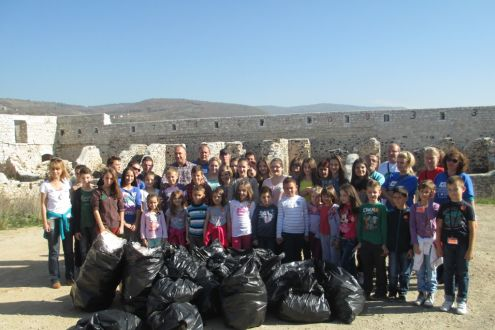 "Ekopak supported the eco action ""Clean Our Yards – Bijela Tabija (the White Bastion)"""