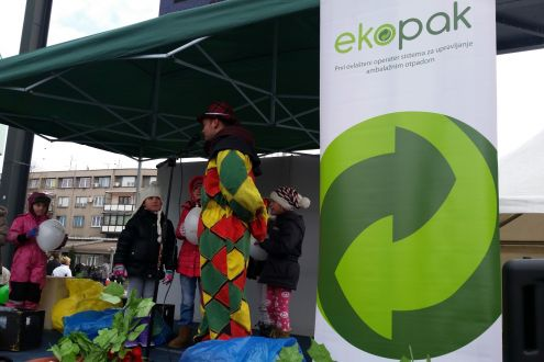 Eco quiz, dance with balloons and the play of packaging waste separation at the Day of Children's Joy in Zenica