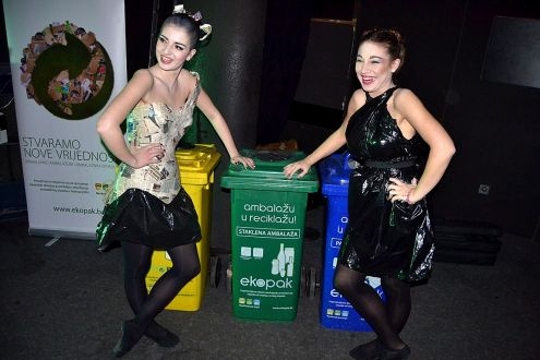 "Fashion Performance ""Waste is Taste"" Held in Sarajevo"
