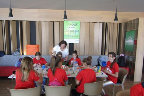 The Embassy of Switzerland in B&H organized a Recycling Workshop for children