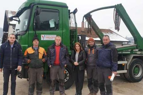 "Successful cooperation with PUC ""Vilenica-Čistoća"" from Novi Travnik continued-Ekopak co-financed the purchase of a special waste disposal vehicle"