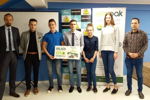 Young Eco Reporters received the awards