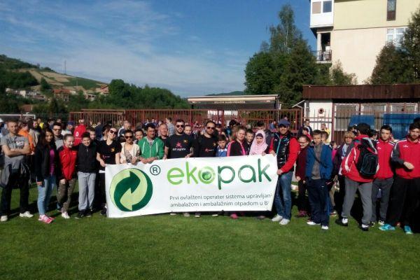 Približno 1.000 volontera učestvovalo u akciji čišćenja, zasađeno 1.500 sadnica