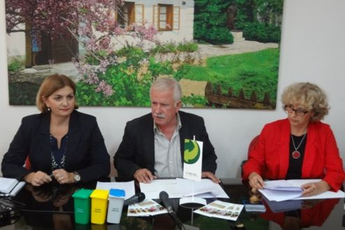 Ekopak, the Gračanica Municiplity and Komus Signed the Contract on Launching the Separate Packaging Waste Collecting Project in Gračanica
