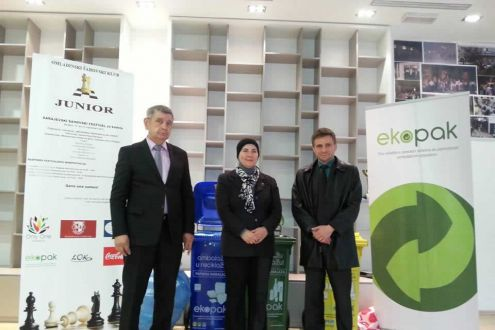 Chess Tournament in Sarajevo Marked by Separation of Packaging Waste